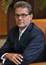 James R De Furio PA